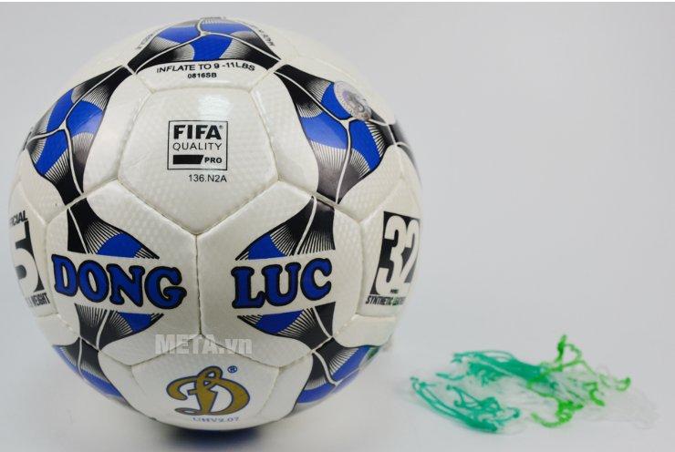 Bóng đá Fifa Approved Certificate UHV 2.07 có thiết kế đẹp mắt