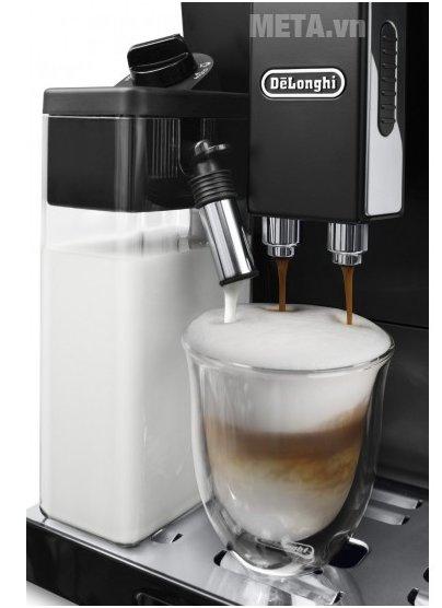 Máy pha cà phê tự động Delonghi ECAM44.660.B dễ dàng sử dụng