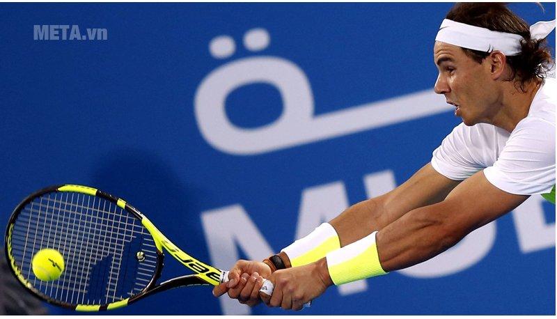 Chọn vợt tennis phù hợp