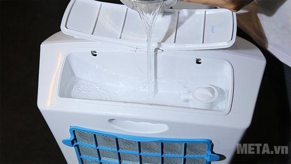 Hoặc đơn giản chỉ cần nước sạch để làm mát.