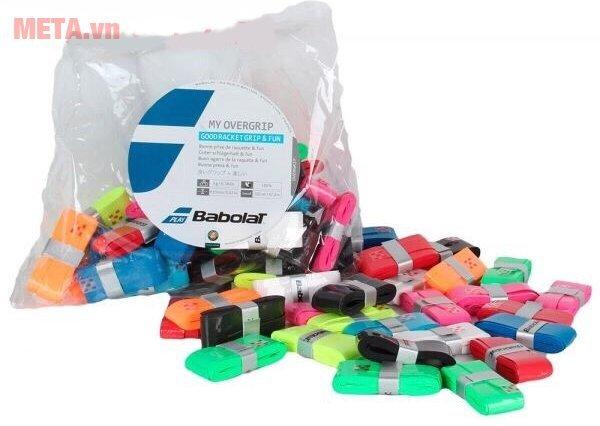 Cuốn cán vợt tennis Babolat thiết kế mỏng cho cảm giác chân thực khi cầm vợt