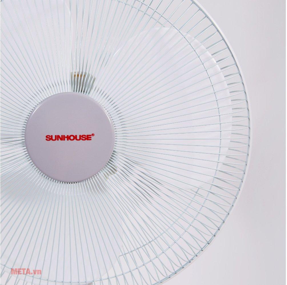 Quạt tích điện Sunhouse SH762 có chất liệu cao cấp
