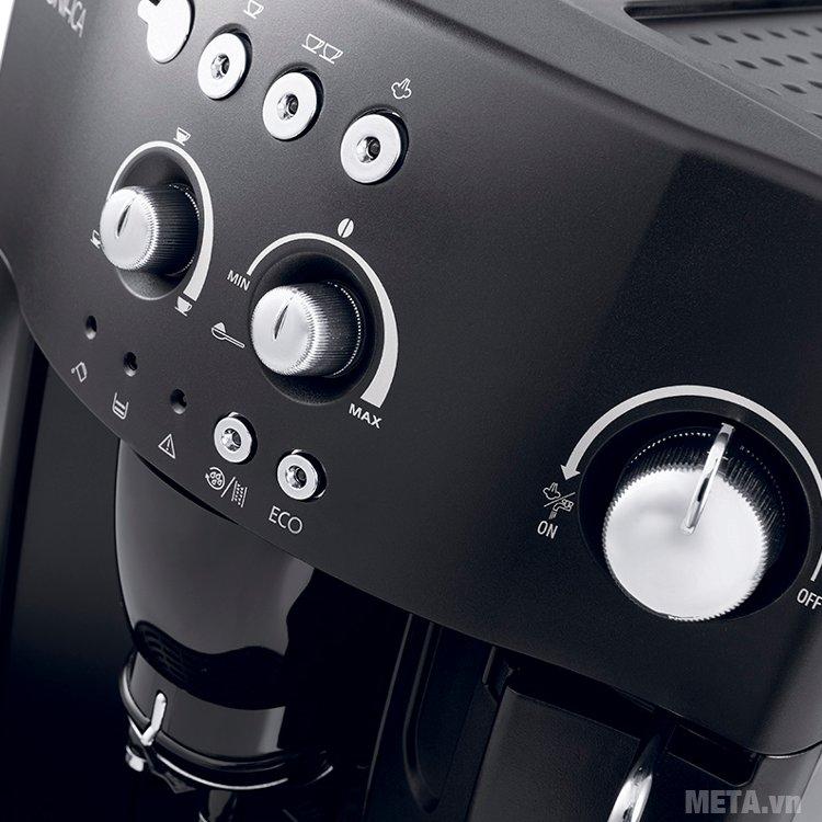 Máy pha cà phê tự động Delonghi Esam4000.B có chức năng tẩy cặn tự động