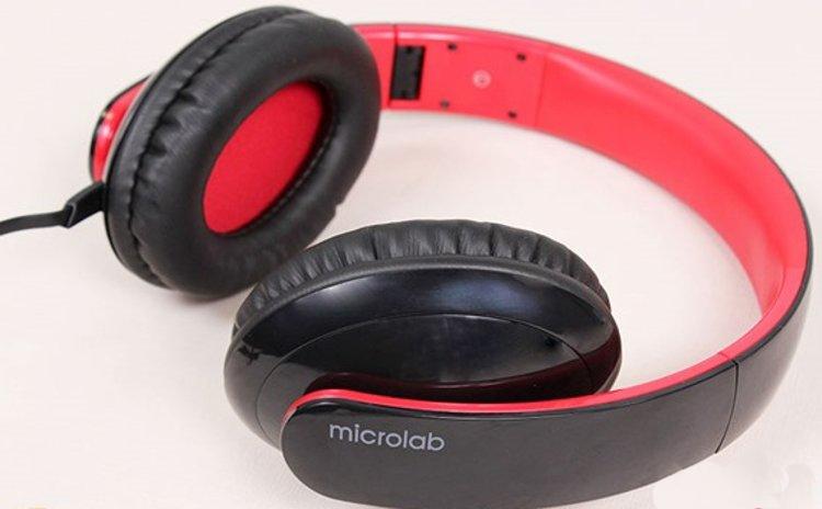 Tai nghe K310 của Microlab với thiết kế choàng đầu bằng vải cao cấp êm ái