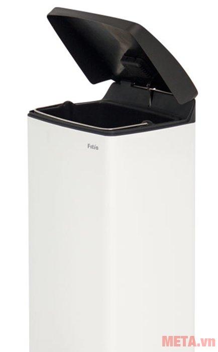 Thùng rác inox đạp vuông lớn Fitis SPL1-904 có màu trắng sang trọng