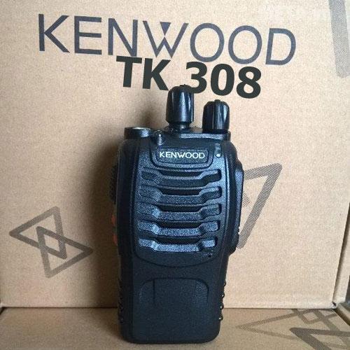 Bộ đàm Kenwood TK 308 có trọng lượng nhẹ gọn như chiếc điện thoại cầm tay