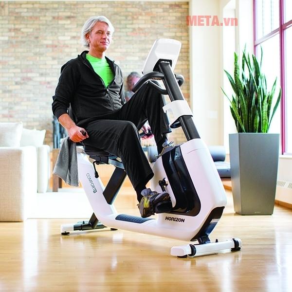 Xe đạp tập Horizon ghế tựa Comfort R-0 phù hợp với mọi lứa tuổi
