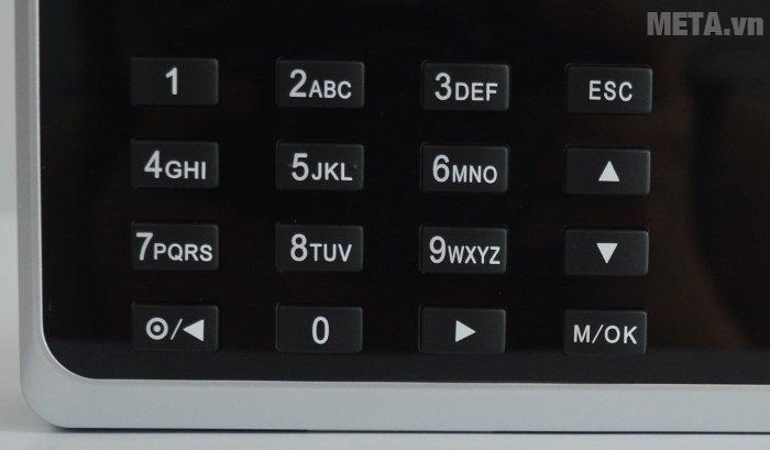 Máy chấm công vân tay Ronald Jack RJ 550 có các phím số giúp cài đặt máy dễ dàng