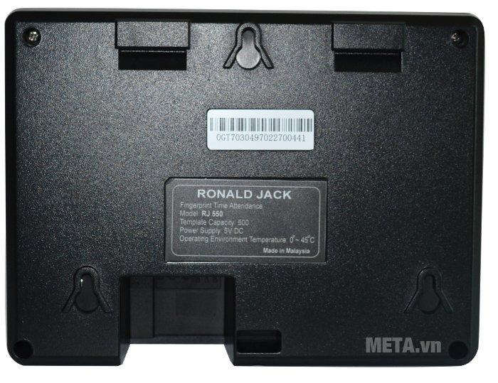 Các thông số kỹ thuật được in ở mặt sau của máy chấm công vân tay Ronald Jack RJ 550
