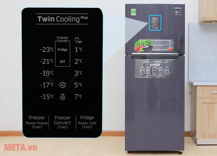 Tủ lạnh Samsung 364 lít RT35K5532UT/SV có bảng điều khiển trên thân tủ lạnh