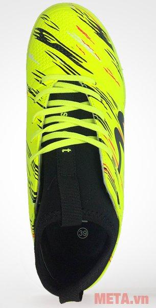 Giày đá bóng Mitre 160930 thiết kế kiểu buộc dây