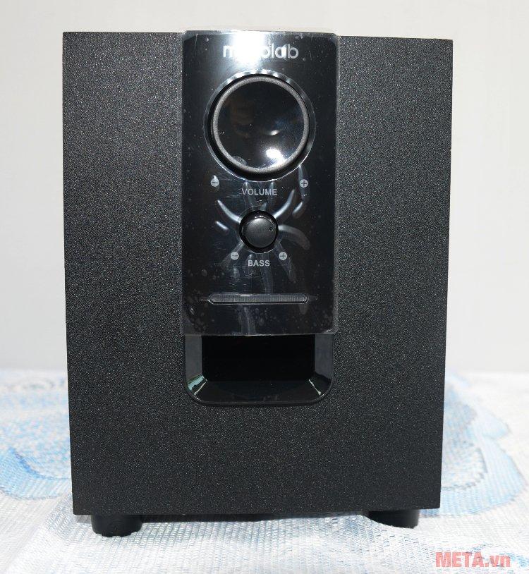 Loa không dây Microlab M-106BT điều chỉnh âm bass dễ dàng Loa không dây Microlab M-106BT điều chỉnh âm bass dễ dàng