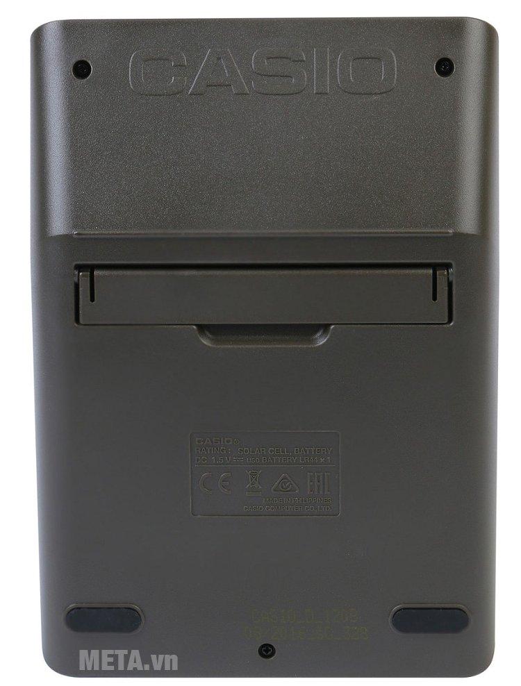Mặt sau của máy tính Casio D-120B