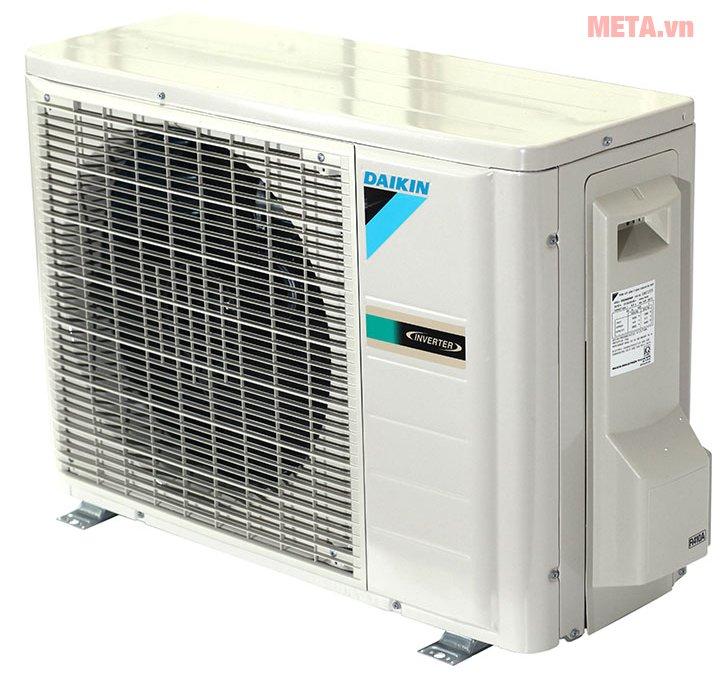 Điều hòa 2 chiều Inverter Daikin 12000BTU FTXS35GVMV/RXS35GVMV phần cục nóng