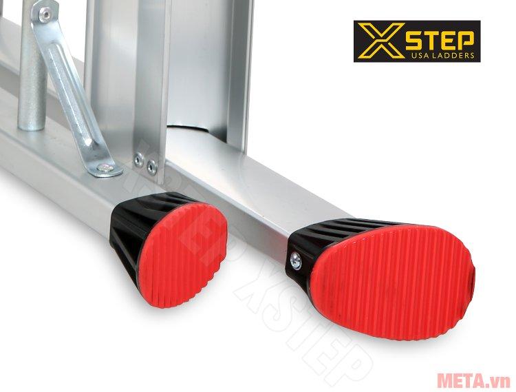 Thang nhôm ghế Xstep XL-04 có chân đế cao su chống trượt