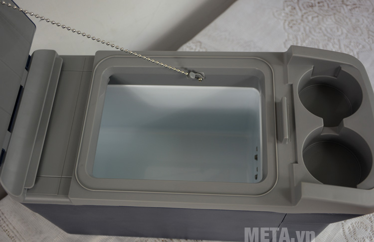 Tủ lạnh Mobicool T08 DC có khả năng làm mát và giữ ấm