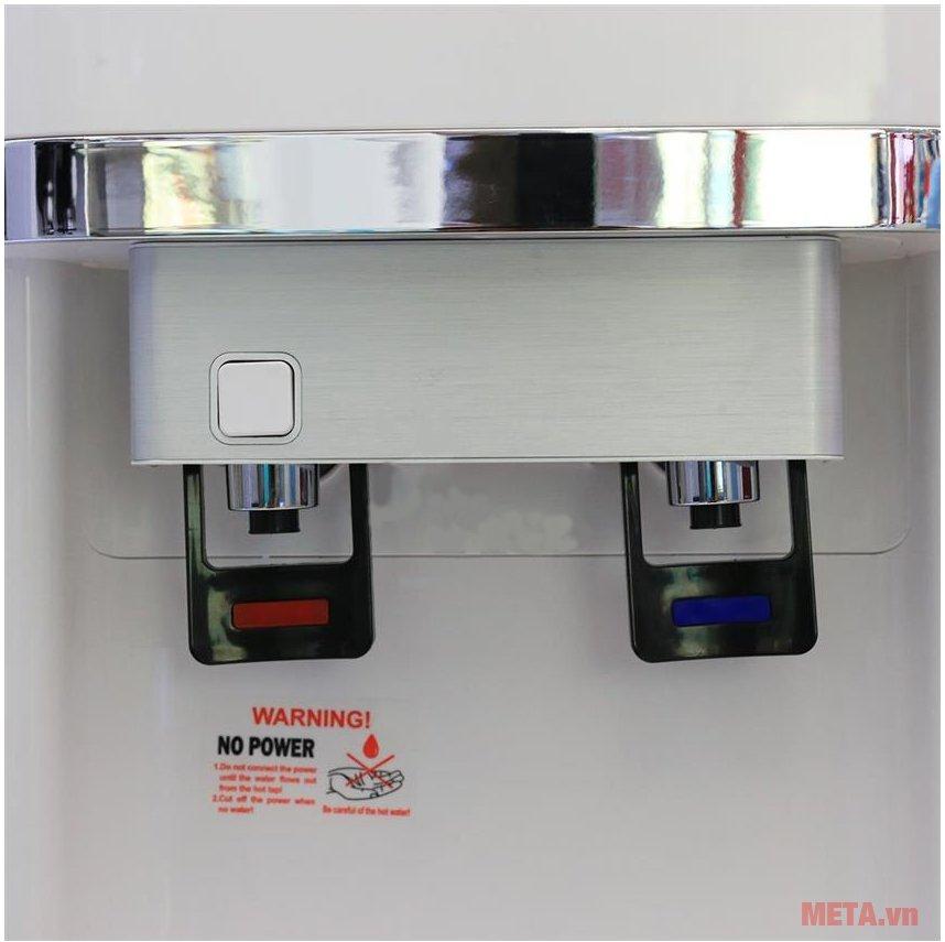 Cây nước nóng lạnh Karofi hút bình HC300-W có 2 vòi nóng lạnh