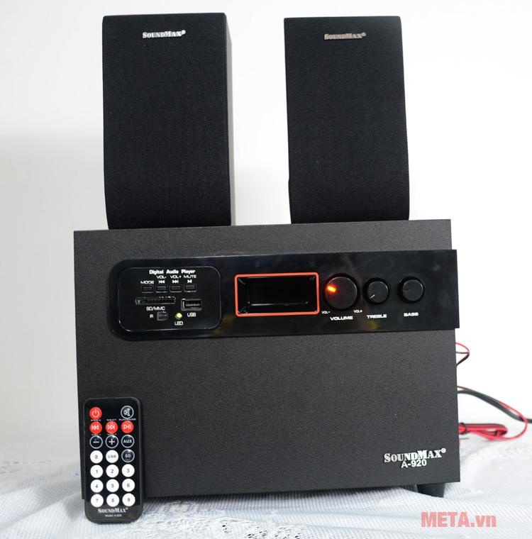 Loa SoundMax A920 2.1 có cổng vào USB và thẻ nhớ