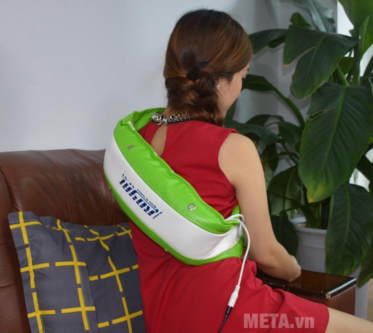 Đai massage rung nóng Royal SP01 giúp massage vùng lưng