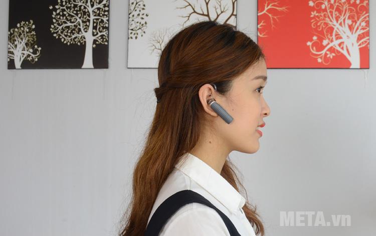 Bluetooth Plantronics Explorer 120 có thiết kế nhỏ gọn