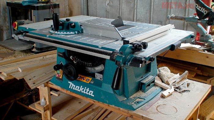 Máy cắt bàn Makita MLT100