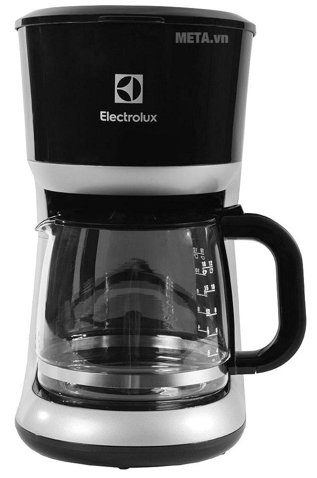 Máy pha cà phê Electrolux ECM3505 dễ dàng sử dụng