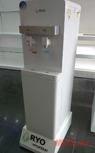 Máy lọc nước nóng lạnh RYO RP100S được sản xuất với coongn nghệ đến từ Hàn Quốc