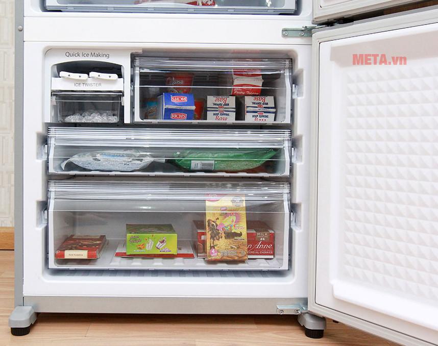 Tủ lạnh Panasonic NR-BX418VSVN 363 lít có khay riêng biệt không gây lẫn mùi thực phẩm