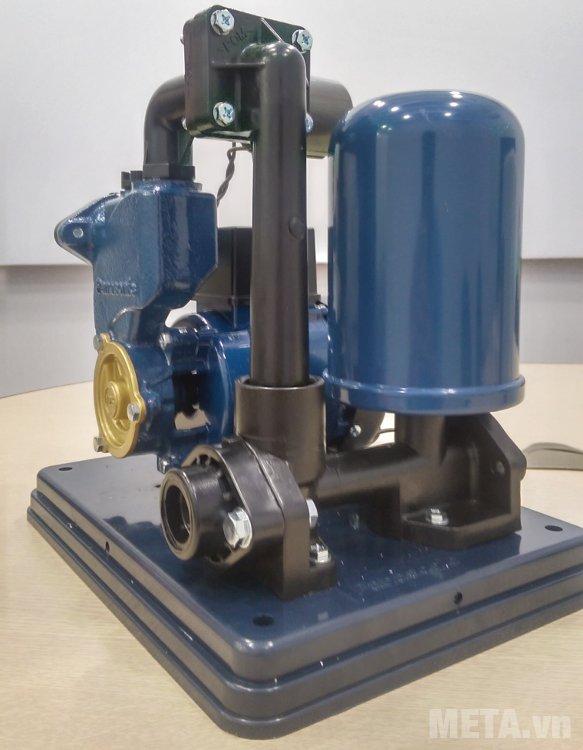 Bên trong buồng tích trữ chứa khí ni tơ cho máy vận hành và hoạt động một cách mạnh mẽ và bền hơn