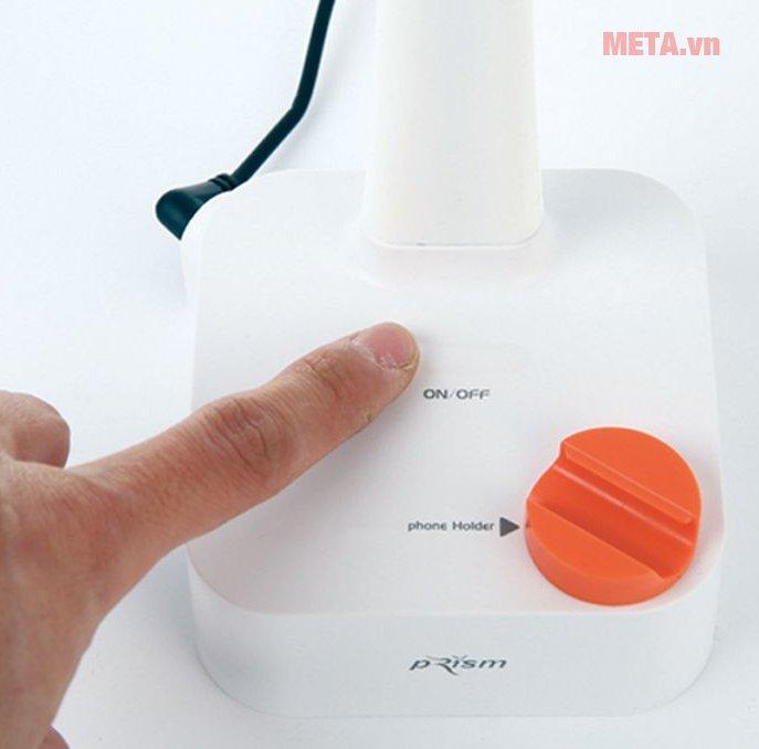 Đèn bàn Led Hàn Quốc Prism 1555W dễ dàng sử dụng