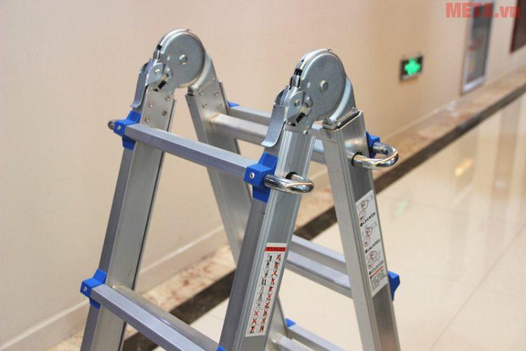 Khi mua thang nhôm, bạn nên kiểm tra kỹ lưỡng để đảm bảo thang không bị lỗi hay hỏng hóc do va đập