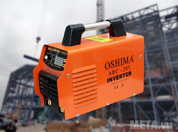 Máy hàn Oshima ARC 205 có phạm vi điều chỉnh dòng hàn: 10A - 200A