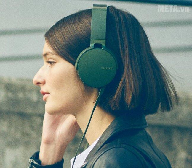 Tai nghe Sony Extra Bass MDRXB550AP màu xanh
