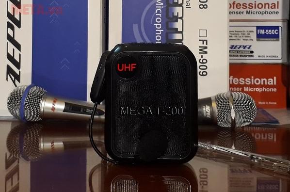 Sản phẩm có khả năng đọc được cổng USB và thẻ nhớ 32GB
