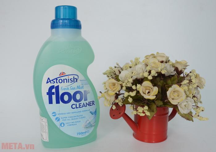 Nước lau sàn tổng hợp C2605 chống bụi bẩn bám hiệu quả
