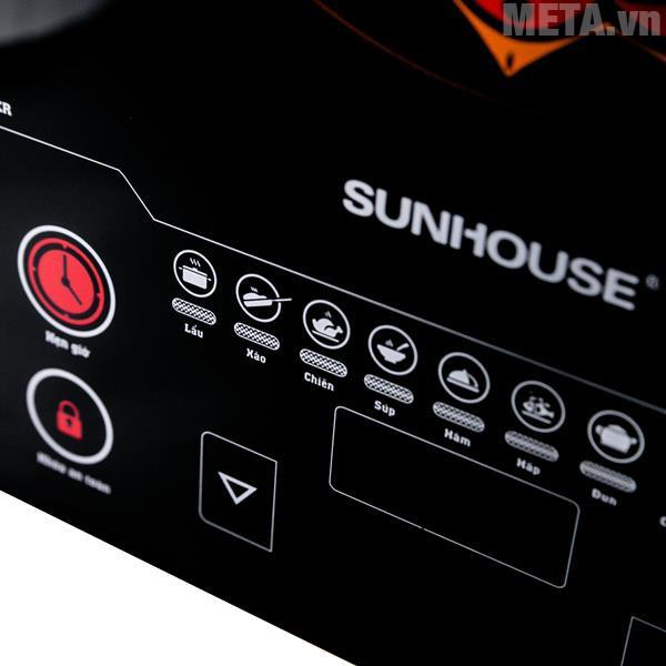 Bảng điều khiển của bếp ở dạng cảm ứng, dễ dàng sử dụng