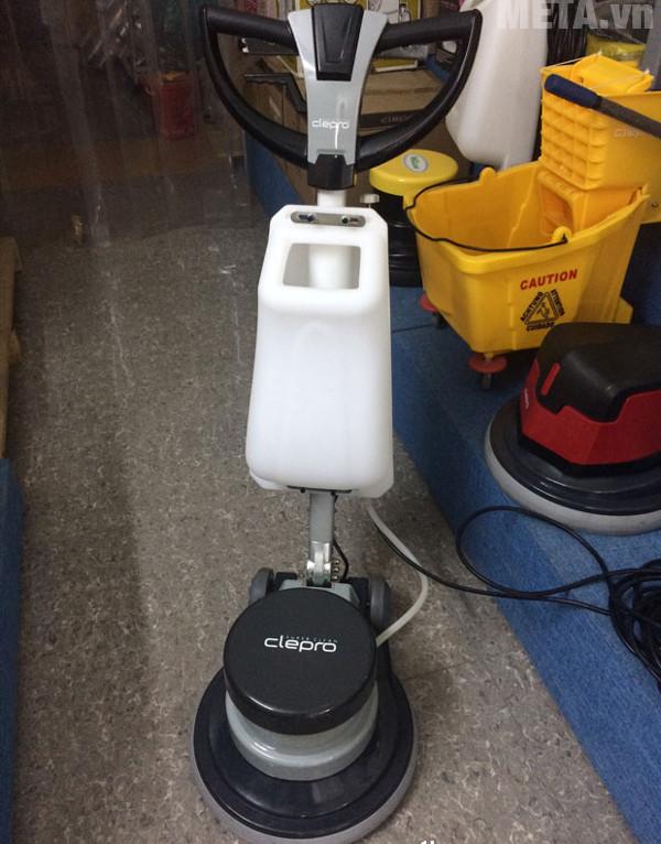 Máy chà sàn - thảm công nghiệp Clepro CS17G dễ dàng sử dụng