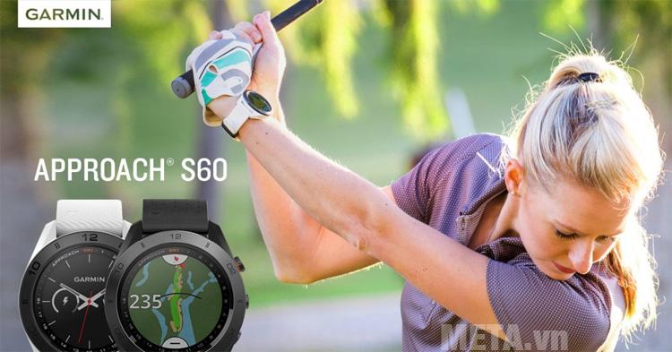 Vòng đeo tay Garmin Approach S60 có khả năng chống nước chuẩn 5 ATM