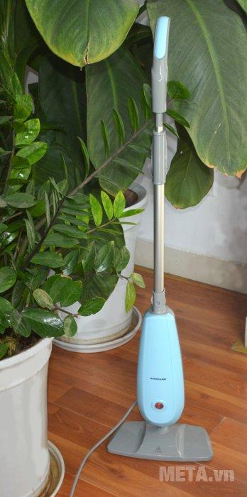 Cây lau nhà hơi nước Sunhouse SHD3212  giúp không gian trở nên sạch sẽ