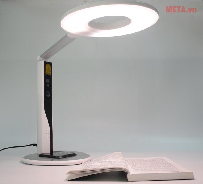Ánh sáng không bị nhấp nháy làm ảnh hưởng đến mắt người sử dụng