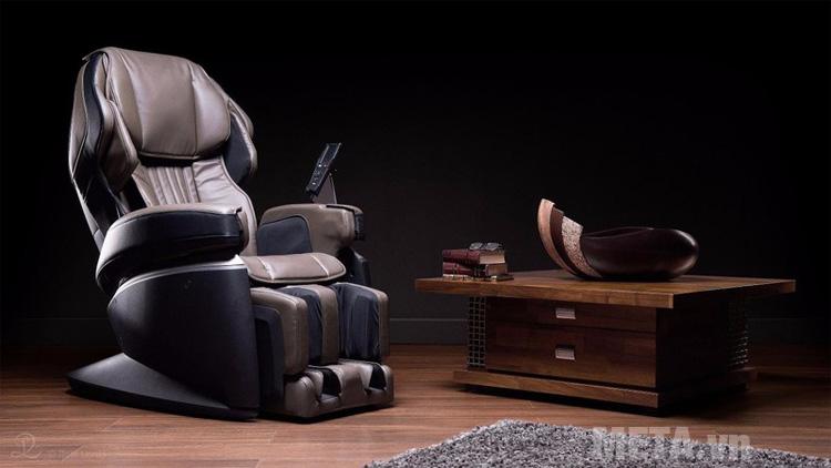 Ghế massage toàn thân Fujiiryoki JP-1000 giúp bạn thư giãn sau ngày làm việc căng thẳng