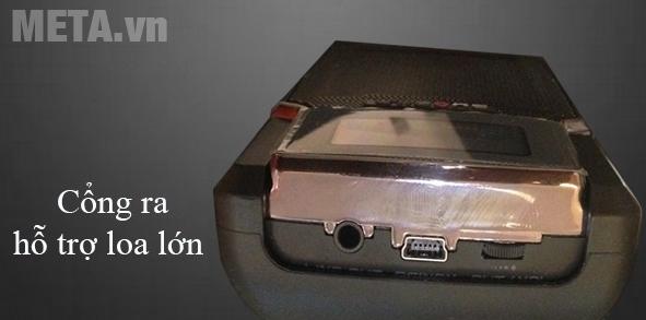 Máy trợ giảng Unizone 9580 F3 kết nối với loa ngoài
