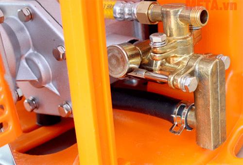 Bình xịt Oshima 768 CX thiết kế bình nước lên đến 20kg