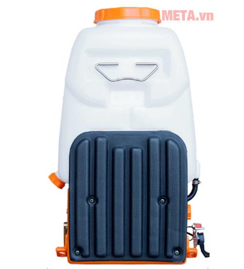 Bình xịt thuốc trừ sâu Oshima 768 CX hoạt động với công suất 1 - 1,2 HP