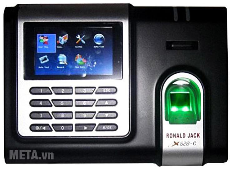 Máy chấm công Ronald Jack X628-C có hiển thị tên người sử dụng trên máy khi chấm công.