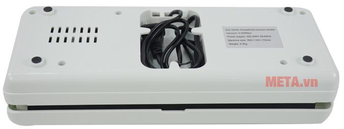 Mặt dưới của máy hút chân không DZ-300A có nhiều khe tản nhiệt