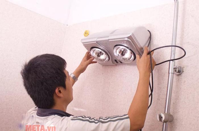 Cách thay bóng đèn sưởi nhà tắm an toàn, nhanh chóng