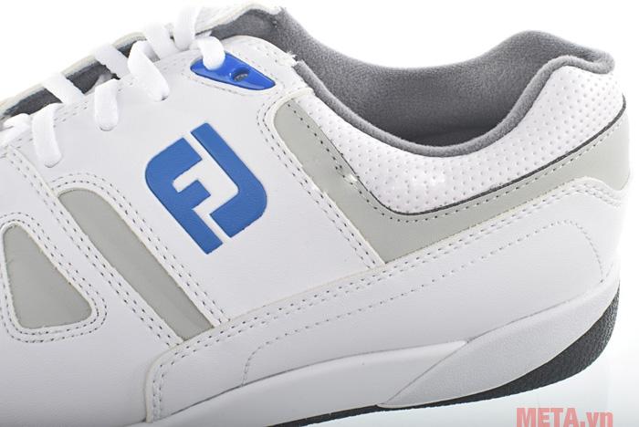 Giày golf nam FootJoy Greenjoy Spikeless 45166 trông rất thời trang