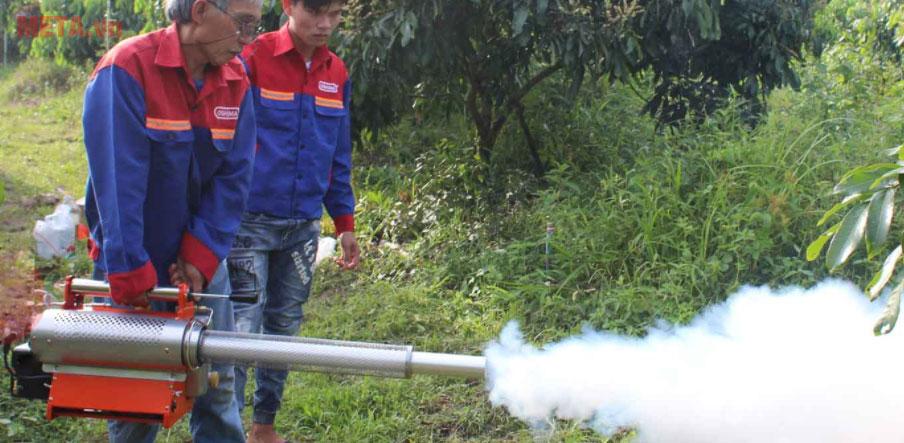 Máy phun khói PK-138AM  dễ dàng sử dụng