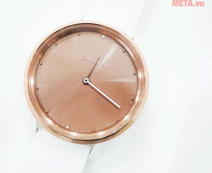 Garmin Vivomove HR có vẻ ngoài giống với đồng hồ
